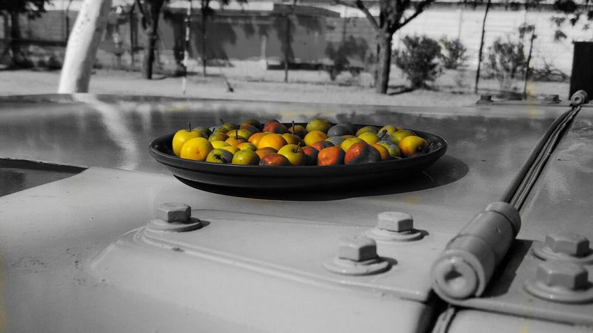 Colorsplash Black&white Bestoftheday Bnw Splash EyeEm Masterclass Aiikos Black.n.white Foodporn Eating Out