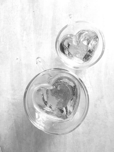 Refreshment Indoors  Glass Cold Temperature Ice Cube Drink Household Equipment Drinking Glass Close-up High Angle View Glass - Material Directly Above Food And Drink Table Still Life Freshness Purity Tonic Water