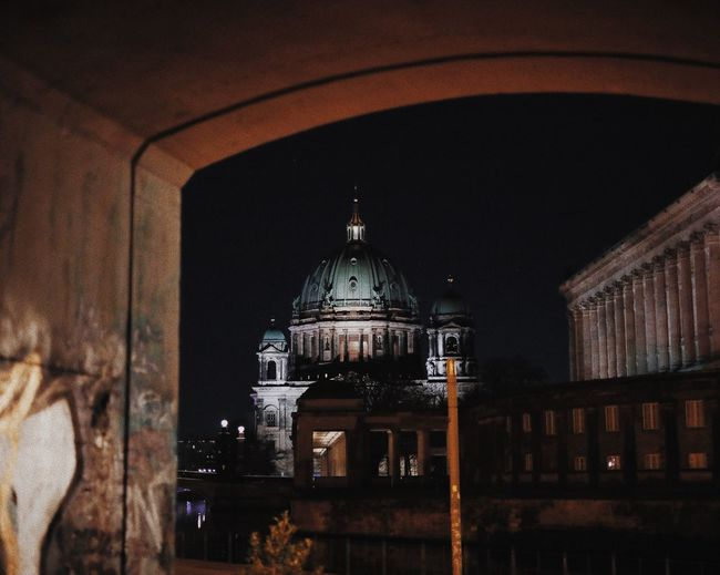 Berliner Dom EyeEm Best Shots - Landscape EyeEm Masterclass EyeEm Best Edits EyeEmBestPics EyeEm Selects EyeEm Gallery EyeEm Best Shots Berliner Dom Berlin Architecture Built Structure Building Exterior Dome History Religion Place Of Worship Night No People Illuminated Architectural Column