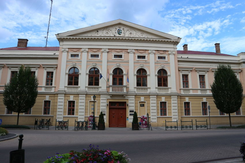 Canon M10 Gyula Hungary Hidden Gem Mayor's Office