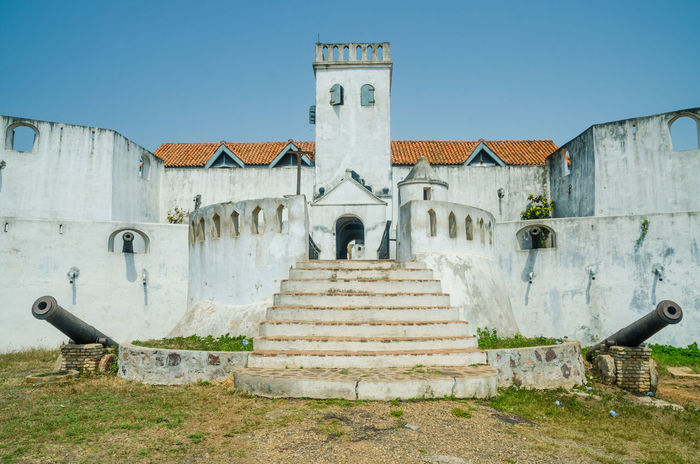 Historical Building Historic Architecture Fort Castle Colonial Africa African Ghana Elmina Wall Defense Protection Cannons Cannon