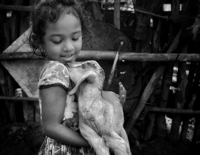 Baby loves Billy Art Billy Goat Artistic Expression Love Preschooler The Photojournalist - 2018 EyeEm Awards International Women's Day 2019