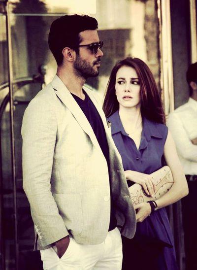Two People Women Men Lifestyles Türkiye Defne ömer Beautiful People KiralıkAsk Businessman Outdoors Fashion Istanbul Sunny