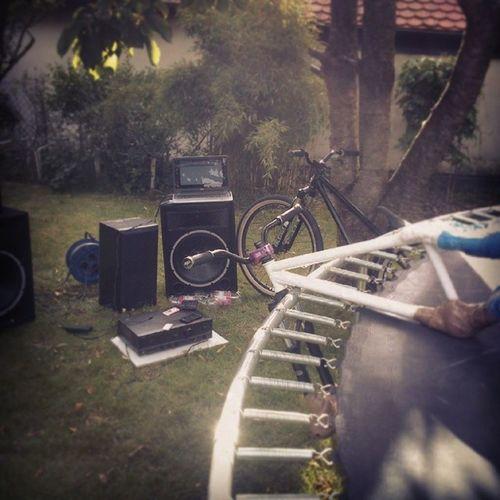Trampbike Niceday Leafcycles Großeboxen musik