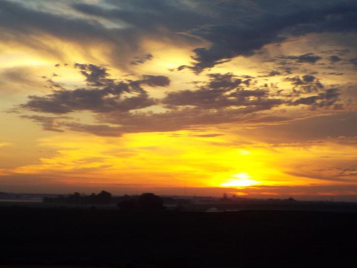43 Golden Moments Nebraska Sunrise Nebraskalove Nebraska Beauty Nebraskasunrise Sky Clouds And Sky No Filters