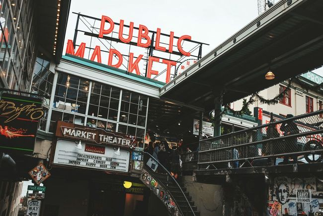 Destinations PikePlaceMarket Seattle, Washington Check This Out OpenEdit Lines Urban Urban Geometry Urbanphotography Streetphotography Outdoors Publicmarket Neon Signs