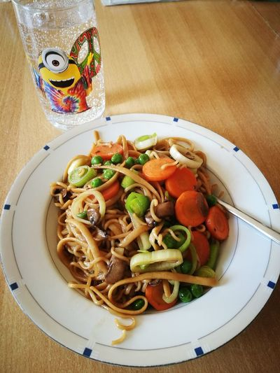 Tasty Chinesenoodles Minionglas Healthy Veggies Vegeterian Water Freshness Lunch Time