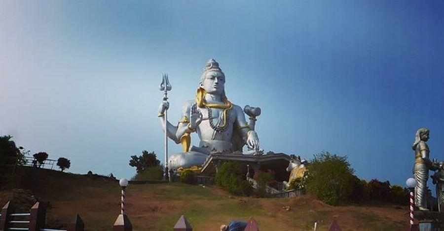 Lord shiv statue Statue LordShiva Murdeshwar Murdeshwara Gokarna Murdeshwarbeach Karnatakatourism Karnataka Insta_karnataka Instakarnaval Manmade Incredibleindia Beautyfull Beautyandthebeast Beauties Beauty Panasonic  Fz200