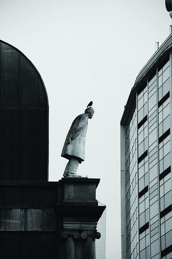 Equilbre Architecture Art Photography Belgium Bird Blackandwhite Building Gent Statue
