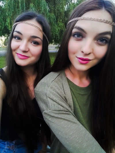 B4L Selfie ✌ Beatsforlove Tess&Alishia Ostrava Festival Dnb Headbands Girls Czechgirls Brunette Sisters ❤