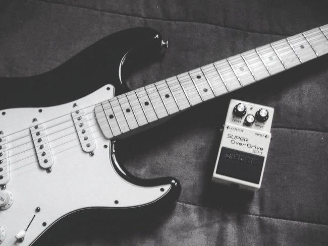 Blues is easy to play, but hard to feel. - Jimi Hendrix Jimi Hendrix Music <3 Music Is My Life Vinyl Vinyl Records Vinyloftheweek Analog LP Enjoying Life Black&white Nowplaying Blues Fender Fender Stratocaster Fenderguitar Bosspedals Bosspedal