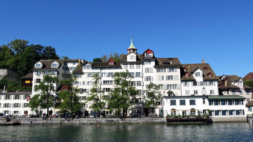 view from Limmatquai to Lindenhof Architecture Built Structure City Clear Sky Day Façade Limmatquai Lindenhof Zürich Outdoors River Switzerland Waterfront Zürich