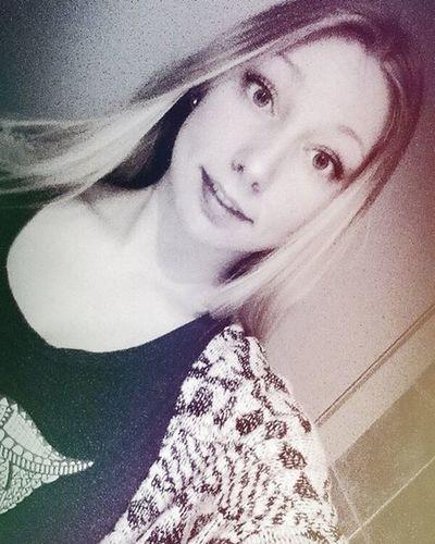 ~deugniet oogjes Girl Blond Happy Smile Eyes Instadaily Instagirl Instagood Instamood Happy Examens  Fuck Followme Maybe Followback Like4like L4l Likeforlike Love Fun Life Snapchat