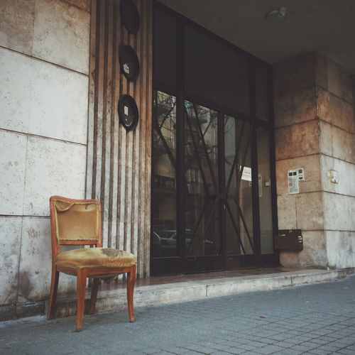 Urban Lifestyle Strange Street Photography Streetphotography Furniture Design Chair Lonely Alone Urban Life UrbanART