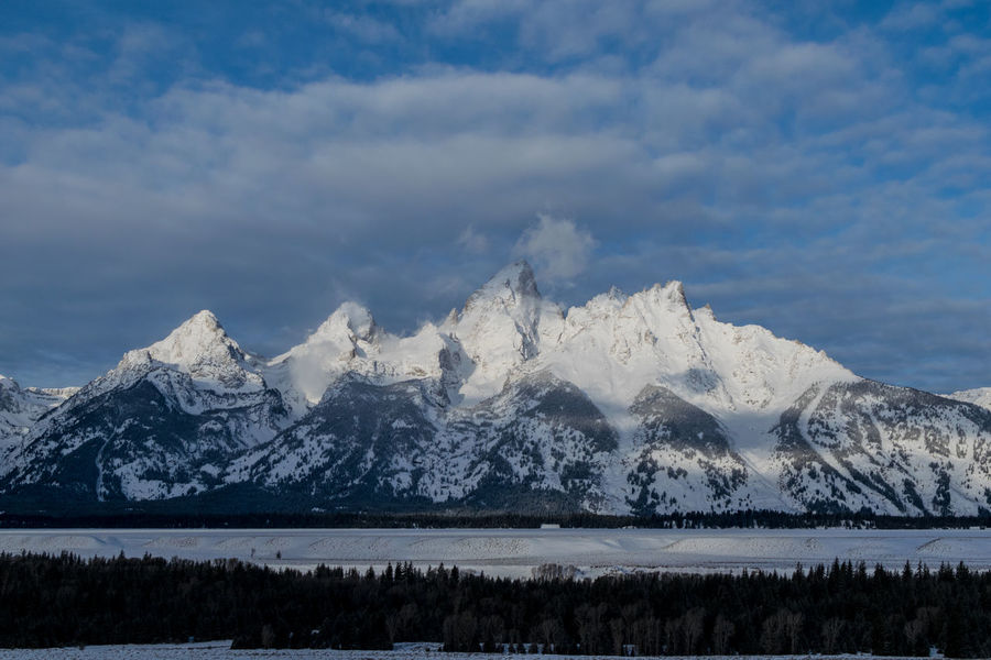 Teton Mountain Peaks In The Morning Landscape_Collection Snow ❄ Tetons Winter Wintertime Wyoming Landscape Landscapes Mountain Mountain Peak Mountain Range Senic Snow Winter Wonderland