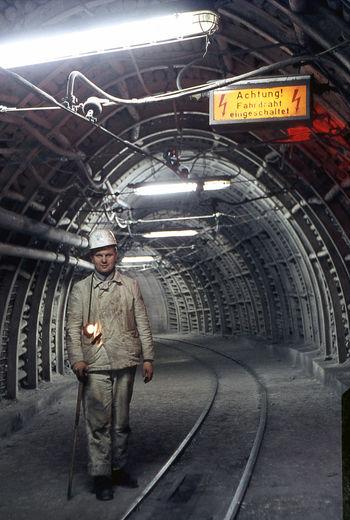 Ehemaliges Bergwerk General Blumenthal Bergmann Markscheider Vermessungssteiger Sigfried Schroer Bergbau Im Ort Unter Tage Zeche Grubenlampe Helm Mining Mining Industry Coal Mine Coal Mining