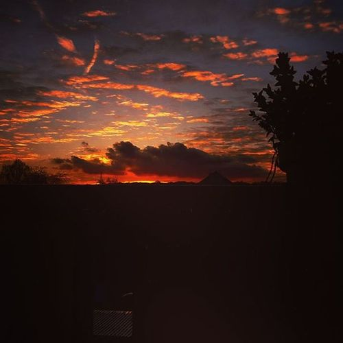 Himmel Sonnenuntergang Sky Cloud Wolken Wolkig Wolkigmitaussichtauffleischbällchen Rot RedSky Badumtss
