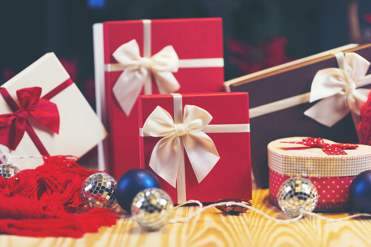 christmas gift Box - Container Celebration Christmas Close-up Day Gift Indoors  No People Red Ribbon Ribbon - Sewing Item Still Life Table Tied Bow