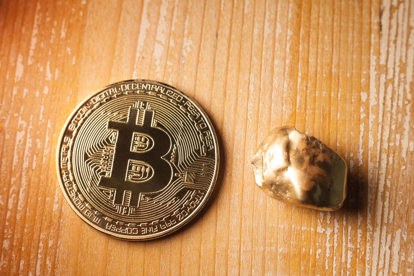 bitcoin and golden nugget on wooden background E-commerce Electronic Golden Market Nugget Bitcoin Business Close-up Coin Compared Connections Cryptocurrency Currency Digital Economy Finance Financial Investment Metal Symbol Table Technology Token Trade Wood - Material