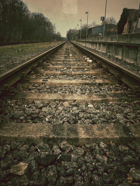 Back to the ... Rails :D EyeEm Best Shots Bestoftheday Change Your Perspective Spiegelreflexkamera Railart Railroad Bestpic