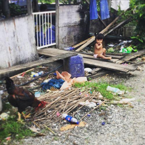 Malaysia Johor Bahru Fishing Village Lonely Girl