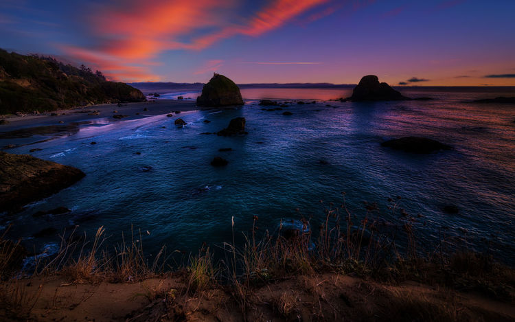 Luffenholtz Beach at Sunset Beach Life Beach Photography Pacific Astronomy Beach Beachlife Beauty In Nature Day Nature No People Ocean Outdoors Pacific Ocean Rock - Object Scenics Sea Sea And Sky Sea View Seascape Seaside Sky Sunset Tranquil Scene Tranquility Water