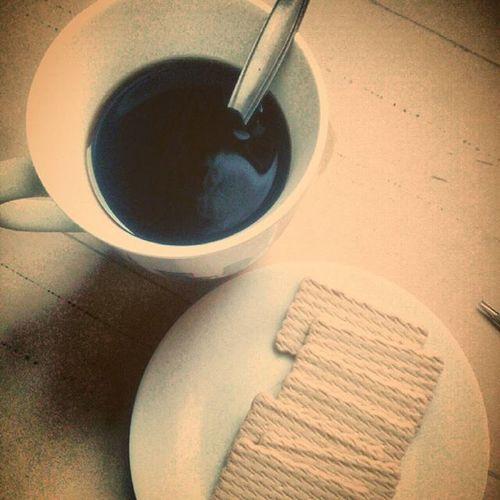 Cafecito con galletas y a trabajar😸😸😸😸😸Cafe Coffee Namnam Cokies Galletas Trabajando