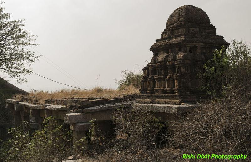 Gudibanda fort Forts Around Chikballapur Gudibanda Gudibande Ruined Fort Ancient Temple Architecture Built Structure Chikkaballapura Fort Old Fort, Gudibanda Old Fort, Gudibande Outdoors Ruined Temple