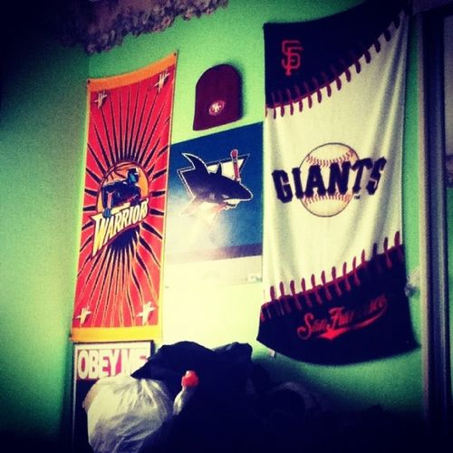 Setbacksaturday my old room. My favorite teams. Mint green colored walls so bright.