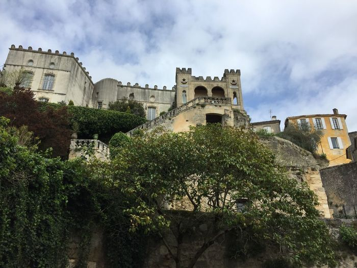 Petite promenade.. Architecture Building Exterior Built Structure Sky Cloud - Sky Plant History Tree Low Angle View Castle Medieval Old Outdoors Day