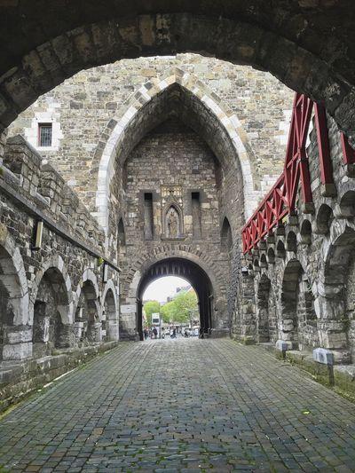 Ponttor Arch