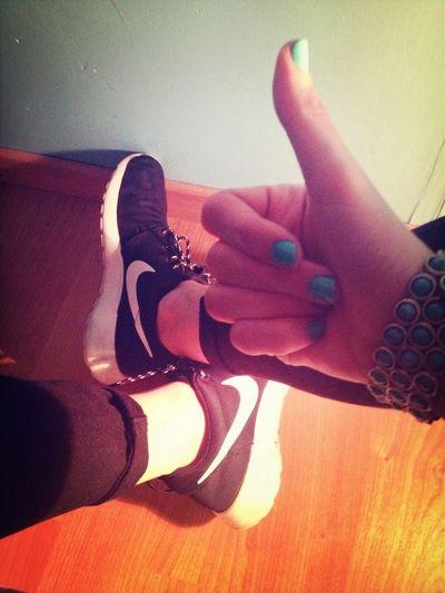 Nike Roshe Run Ready To Go Good Evening ✌️