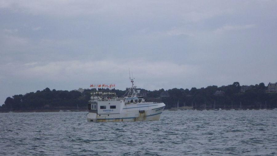 Boat Fishing Boat Nautical Vessel Non-urban Scene Outdoors Scenics Sea