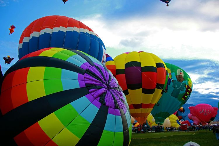 Color spectacular Newmexico Albuquerqueballoonfiesta Abqphotos Balloonfiesta  Albuquerque Onlyinnewmexico Check This Out