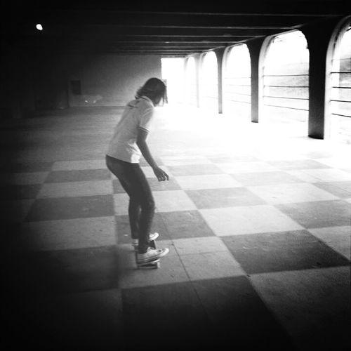 paz, liberdade e adrenalina :3 Skateboarding Skate Skatergirl Followme