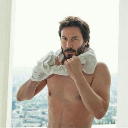 Keanureeves Hollywood Actor Sexyboy Likeforlike Hello World Taking Photos EyeEm Best Shots