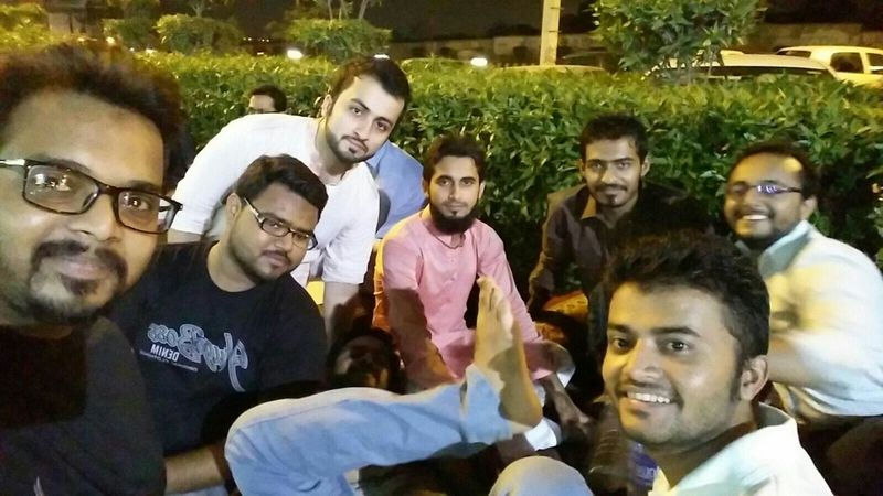 Hi! That's Me and Myfriends Taking Photos Had Dinner Hanging Out Enjoying Life Had Fun Eat Eat And Eat Portrait Of A Friend