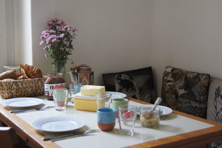 About to have breakfast with a very dear friend. Yummy Yummy♡ Yummyinmytummy Breakfast Breakfast ♥ Breakfast Is Served Brunch Withalittlehelpfrommyfriends Breakfast Table Indoors  No People Flower Domestic Life Nofilternoedit Enjoyinglife  Indulgence Indoors  Kitchen Ready-to-eat Berlin
