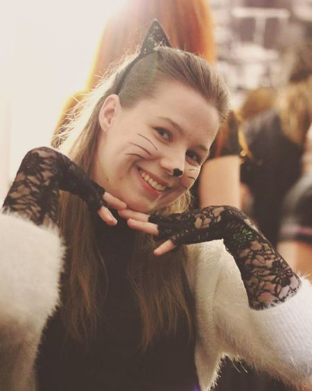One Person One Woman Only Only Women Women Beautiful People Young Women People Portrait Beauty Beautiful Woman Happiness Females Smiling One Young Woman Only Cat Black Cat Young Brown Hair Close-up Samhain Beautiful People Halloween Lifestyle Smile Happiness