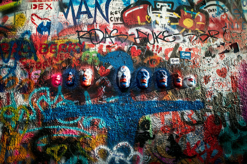 ArtWork EyeEm Gallery Graffiti Lennon Wall Praha The Week on EyeEm Tourist Travel Canonphotography Light And Shadow Travel Destinations