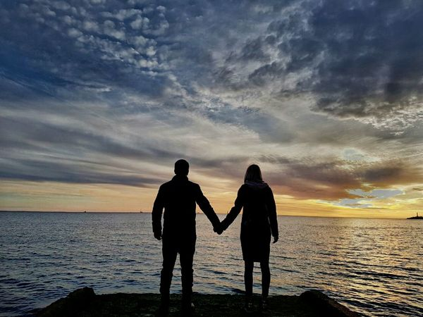 Loveinthesky two people Silhouette Sunset Young Adult Togetherness Beach People Adults Only Friendship Outdoors Adult Sky Connection встречаязакат любовьнадвоих Loveforever Lovefortwo Long Goodbye Sommergefühle Connected By Travel