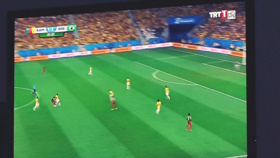 Gene mac keyfi Brezilya Kamerun :)