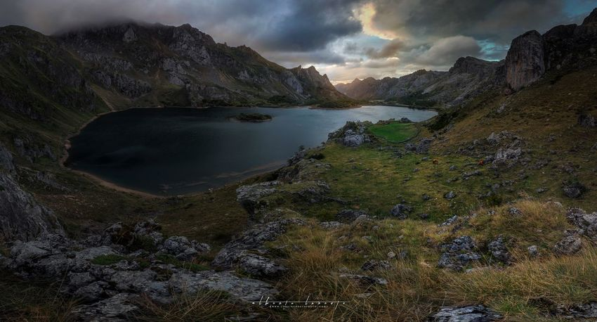 El lago Del Valle Beauty In Nature Water Sky Cloud - Sky Mountain Scenics - Nature Tranquility