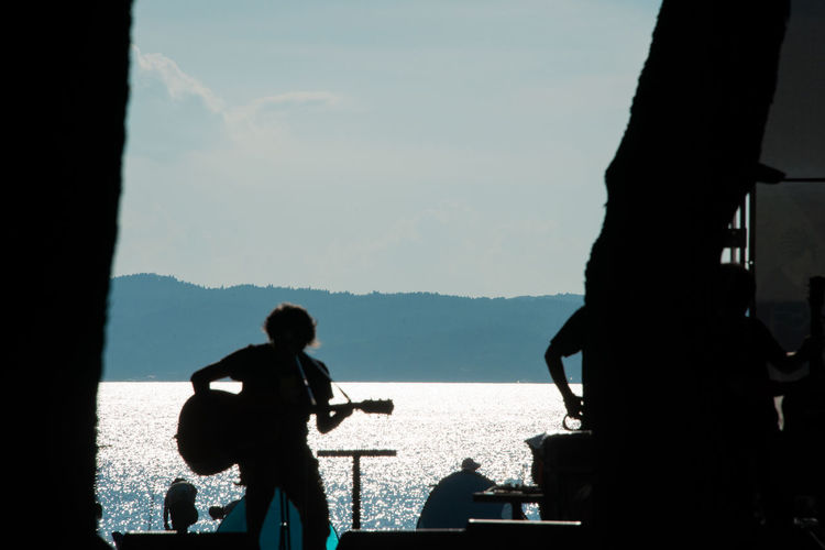 A Performer Summer Backlight Summertime Lake View Lakeside Music Live 演者