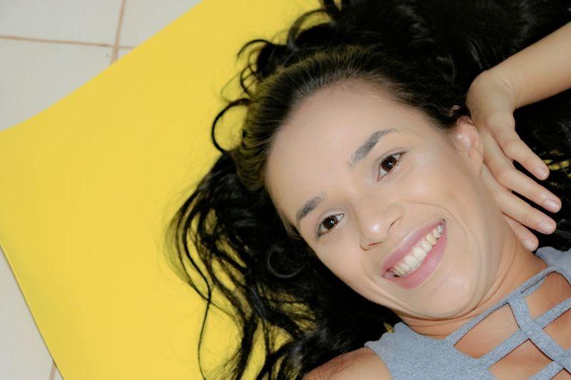 Smiley❤️📸 Portrait Young Women Beautiful Woman Headshot Looking At Camera Beauty Smiling Happiness Beautiful People Yellow