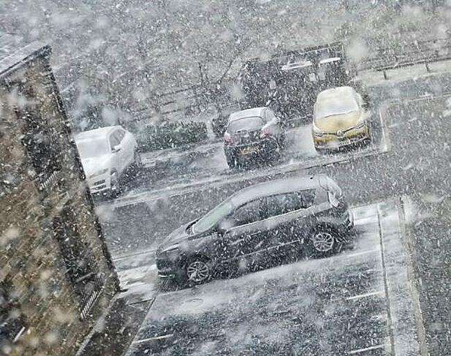 Snow Water Car Wash Land Vehicle Torrential Rain RainDrop Car Wet Windshield Street Weather