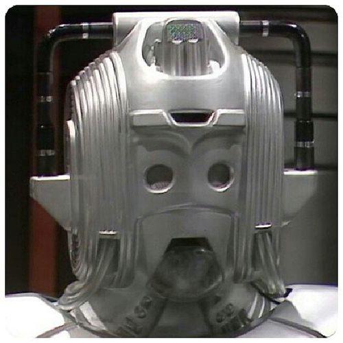 Nouvelle version des Cybermen Earthshock DoctorWhoClassic