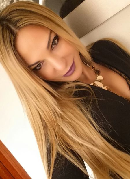 visit me at... www.anastasiaverkos.com Helloworld Great Day  Thats Me  Beautiful Eyes Fashion&style Selfieoftheday Selfie Time Beautiful Girl Weekend Funtimes