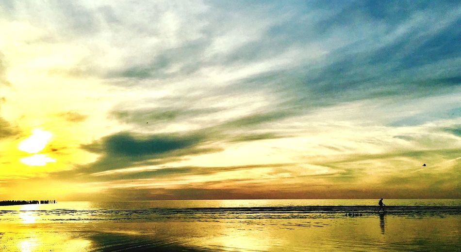 In the dessert of waters Sea Water Sky Sunset Beauty In Nature Beach Scenics Nature Cloud - Sky Tranquil Scene Tranquility Horizon Over Water Reflection Sun Outdoors