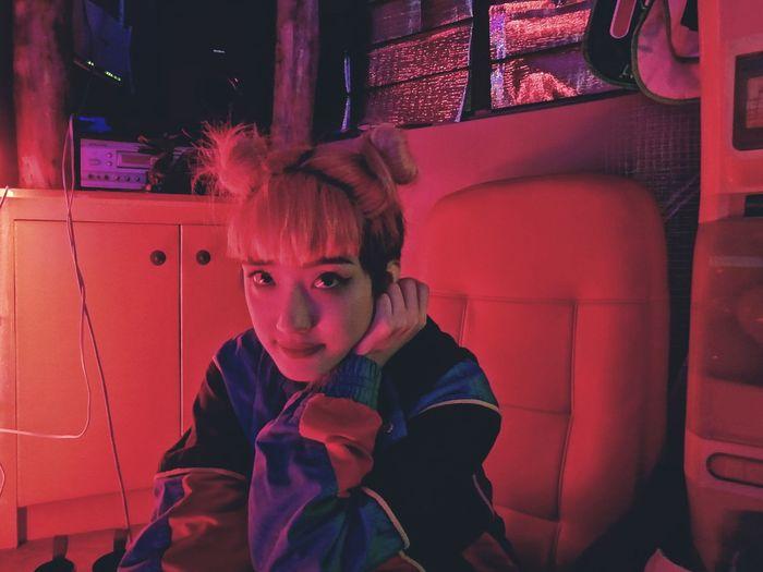 Cyber Pal Neon